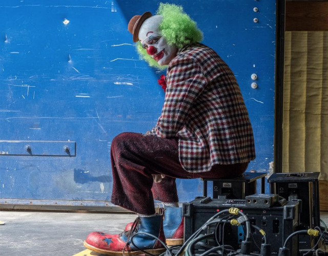 Joker Movie Extras Reportedly Reduced To Peeing On Subway Tracks During Shoot