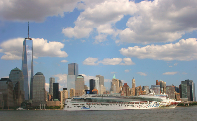 Man Arrested For Allegedly Choking Girlfriend On Cruise After She Broke Up With Him