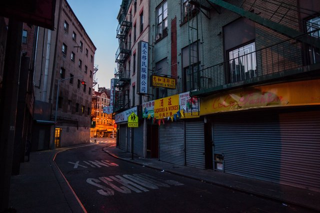 Enjoy These Eerie Photos Of Empty NYC In The Pre-Dawn Hours