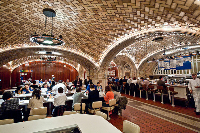Grand Central Oyster Bar Diner Finds Pearl In His Oyster Pan Roast
