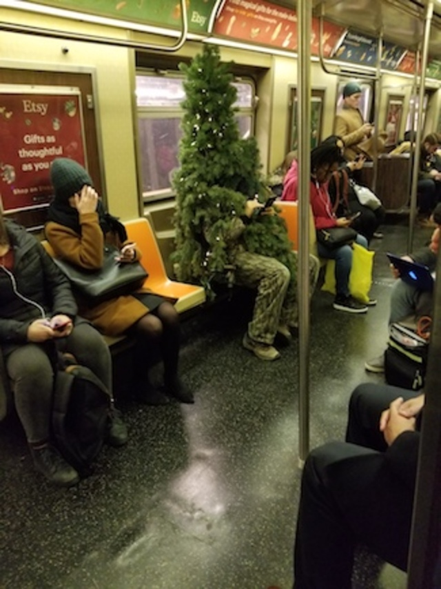 Have You Seen This 'Chilling' Subway Christmas Tree Man?