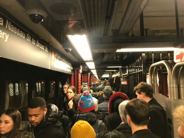 Friday Morning's Terrible Subway Commute Was Perfect For People Who Love Crowded Platforms