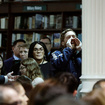 Watch Former Starbucks CEO Howard Schultz Get Heckled At NYC Barnes & Noble: 'Don't Help Elect Trump!'