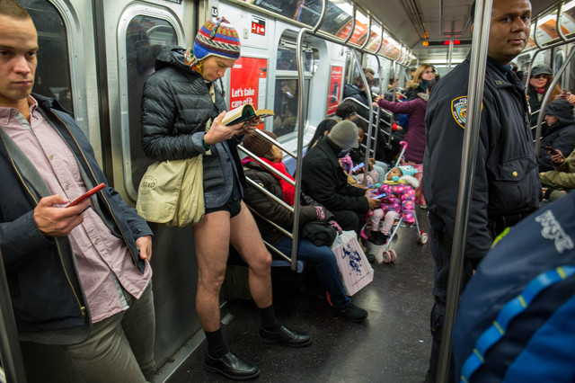 Photos: Freezing Temps Can't Stop Hundreds From Taking Off Their Pants On The Subway