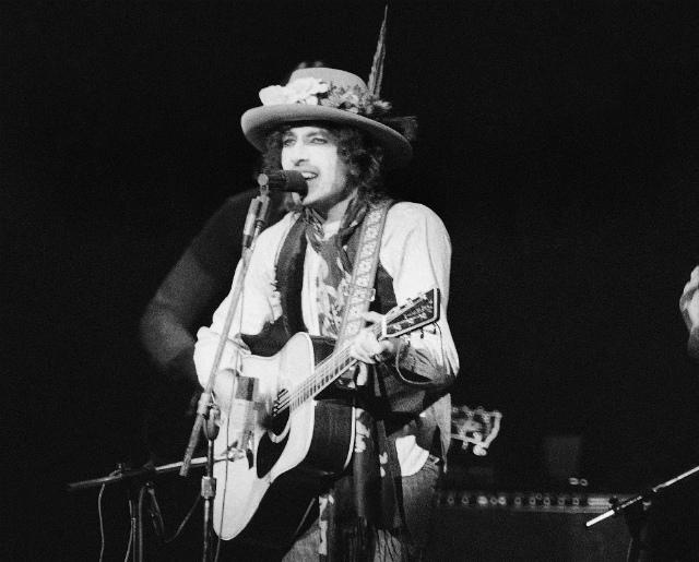Scorsese Documentary On Bob Dylan's Legendary Rolling Thunder Revue Hits Netflix In June