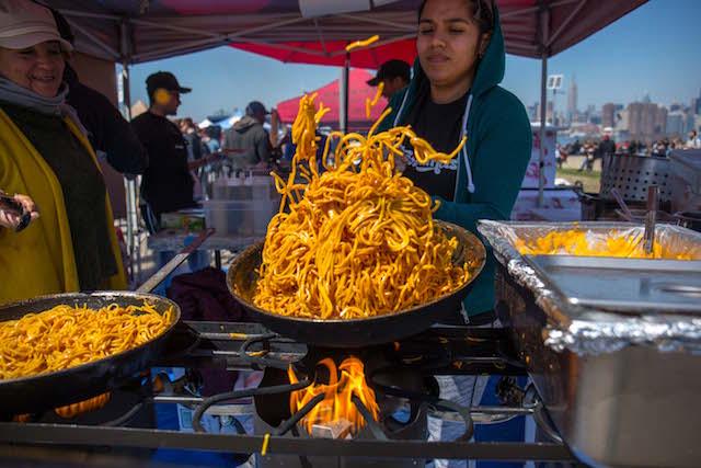 Photos: Huge Crowds Eat Everything At Smorgasburg's Opening Weekend