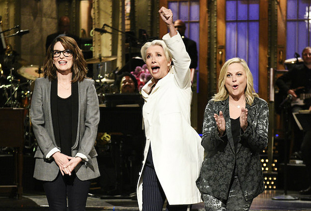 Videos: Emma Thompson Is A Delight On Mother's Day-Themed 'Saturday Night Live'