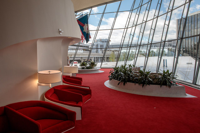 Photos: 'Sexy' TWA Flight Center Reopens As Mid-Century Oasis At JFK Airport