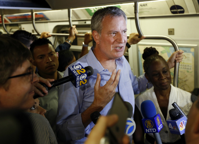 We The Commuters: Does Presidential Candidate Bill de Blasio Have a Transit Legacy to Run On?