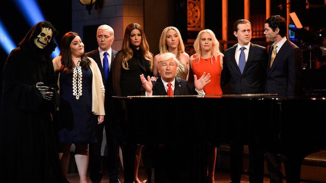 'Saturday Night Live' to Keep Nationwide Live Telecasts for Season 43