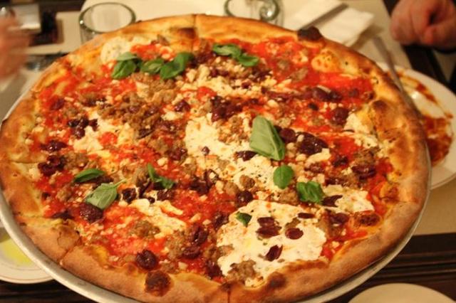 pizza0513ang.jpg