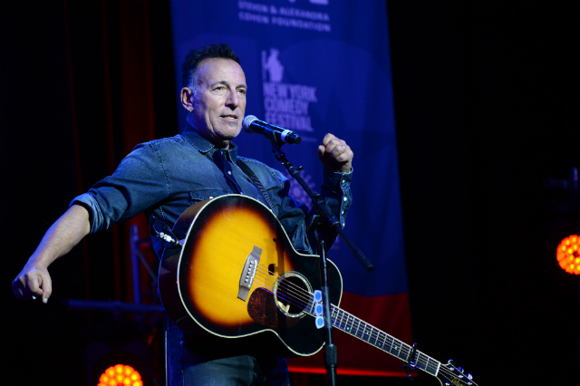 Bruce Springsteen's Broadway Concert Engagement Extended to 2018