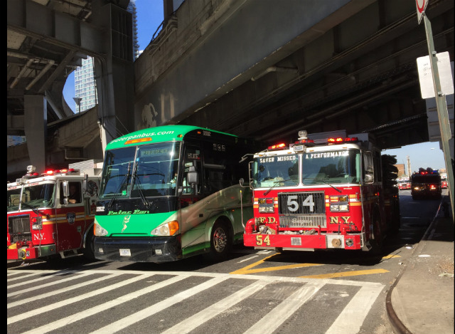 2 buses headed for NYC crash in Lincoln Tunnel, injuring 23