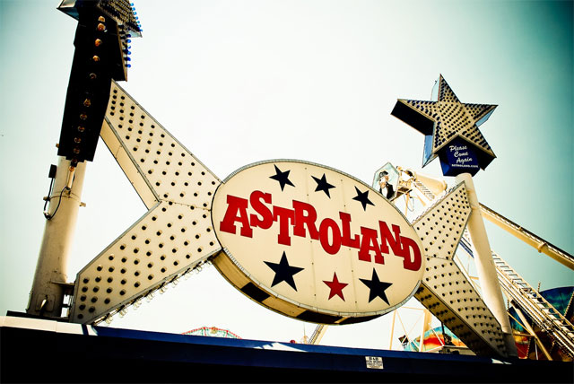 2008_08_astroland.jpg