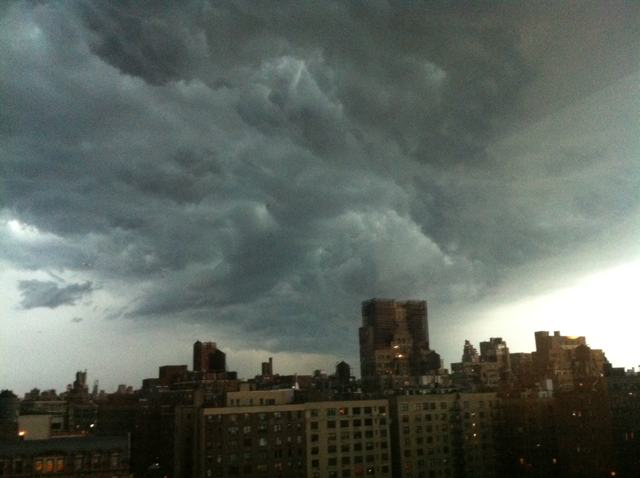 2012 07 uwsclooud Nyc Weather