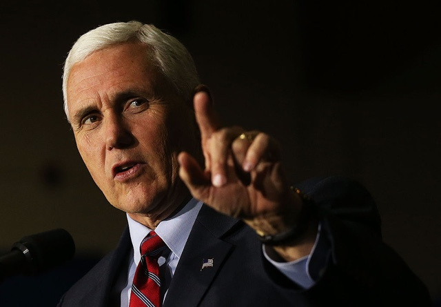 Mike Pence's campaign plane slides off runway in NY