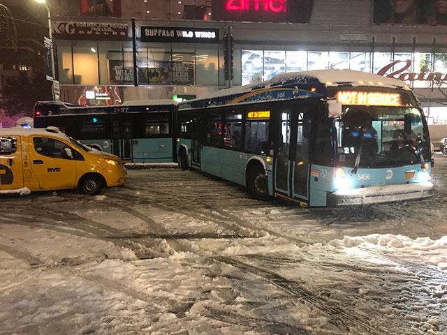 2018_11_stuckbus.jpg