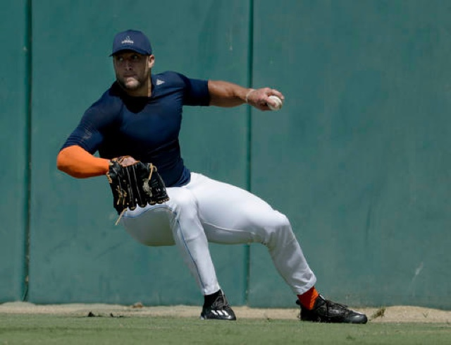 Tebow signing 'strictly driven by baseball — Mets GM
