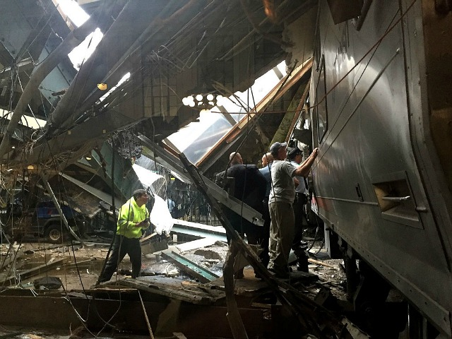NTSB: 1st recorder recovered from train crash wasn't working