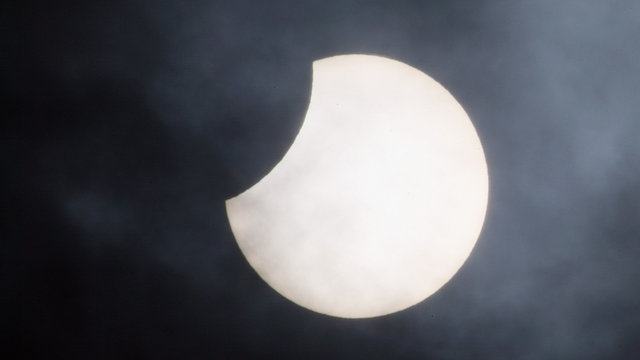 Here's Where You Can Catch the Solar Eclipse in Chicago