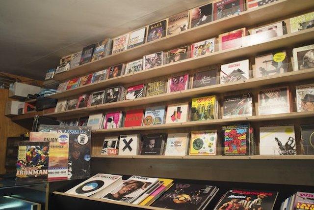 082014_vinyl.jpg