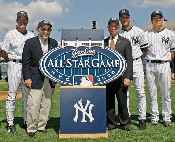 Nuevo Yankee Stadium (2009) - Página 2 2007_08_allstarstadium