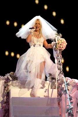 Britney Spears 2003_12_britneyweds.jpg